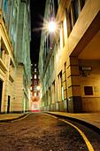 quiet-london-street-at-night-bycxrt.jpg