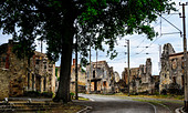 scene-in-the-village-of-oradour-sur-glan