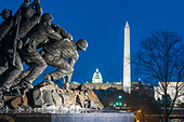 Arlington US Marine Corps War Memorial Washington DC skyline Washington Monument US Capitol Building Lincoln Memorial Mall - Stock Image