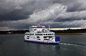 wight-sun-vehicle-and-passenger-ferry-ta