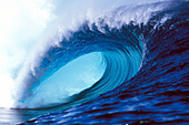 surfing-wave-in-tahiti-south-pacific-isl