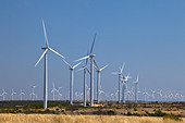 wind-turbines-generating-electricity-at-