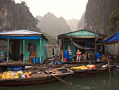 villagers-having-lunch-in-cua-van-fishin
