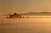 early-morning-wightlink-ferry-approachin