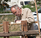 wood-turning-demonstration-at-steam-rall