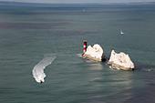 fast-rigid-inflatable-boat-on-sightseein