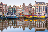 Amsterdam canal Singel with dutch houses - Stock Image