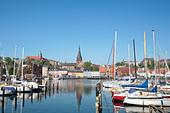 marina-at-the-fishing-harbour-of-flensbu