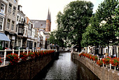 AMSTERDAM canals bisect the Dutch city - Stock Image