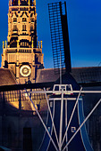 Haarlem landmarks Windmill De Adriaan and the Grote (Great) or Oude (Old) St Bavo church, cathedral and bell tower - Stock Image