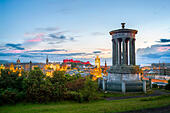 Edinburgh Skyline from Canton Hill with Edinburgh Castle and the Old Town at sunset in summer. - Stock Image