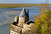 bay-view-from-the-mont-saint-michel-in-n