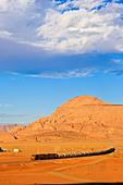 wadi-rum-desertjordan-dxmgm9.jpg