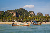 long-tail-boats-thailand-en5jn0.jpg