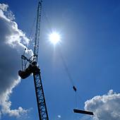 crane-at-construction-site-in-luton-e0kf