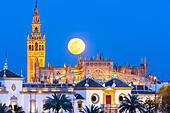 seville-spain-seville-skyline-with-full-
