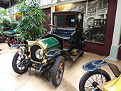 autoworld-car-museum-in-brussels-belgium