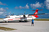 air-tahiti-atr-airplane-in-french-polyne