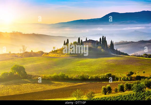 tuscany-at-sunrise-DTT10P.jpg